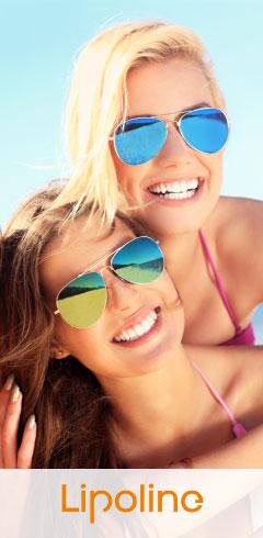 Dziewczyny w bikini na plaży